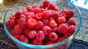 garden-raspberries1-300x169