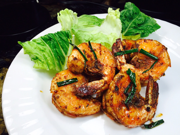 Blackened prawn plate600x450