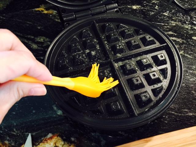 Eggy waffle iron butter-sm